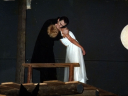 Dracula (4).jpg